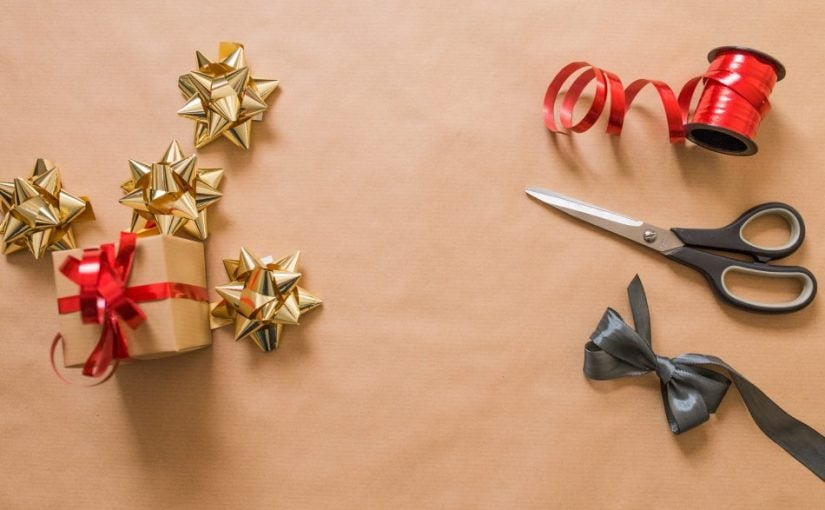 Redskaber til juleklip, så der kan laves julestjerner
