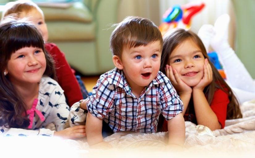 Børn der ser TV